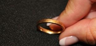 ازدواج دو دختر همجنسگرای ایرانی در سوئد