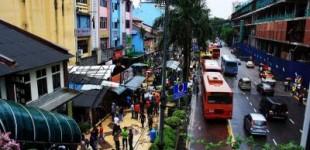 بازداشت یک زوج لزبین در پی یورش پلیس منکرات مالزی به هتلی در جوهور بهرو