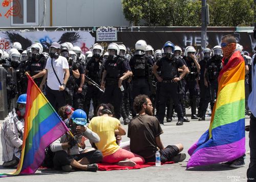 مقامات ترکیه تمام برنامههای مربوط به اقلیتهای جنسی و جنسیتی را در آنکارا ممنوع اعلام کردند.