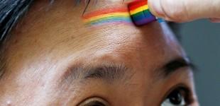 دیدهبان حقوق بشر: چین به درمان تبدیل گرایش جنسی پایان دهد