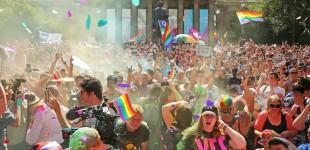 مردم استرالیا به برابری ازدواج «آری» گفتند
