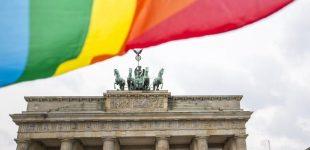 رئیسجمهور آلمان از همجنسگرایان بخاطر «رنج و بیعدالتی» در گذشته طلب بخشش کرد